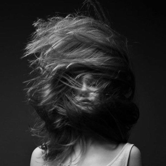 голоса в голове девушки