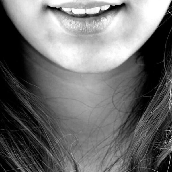 рот девушки