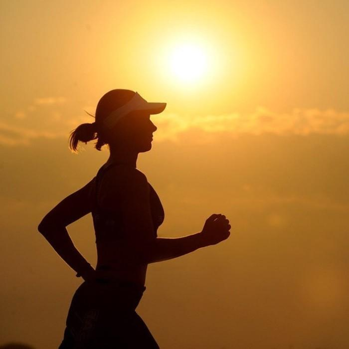 бег женщина