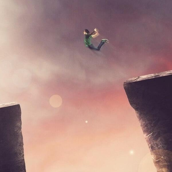 человек в прыжке. развитие личности