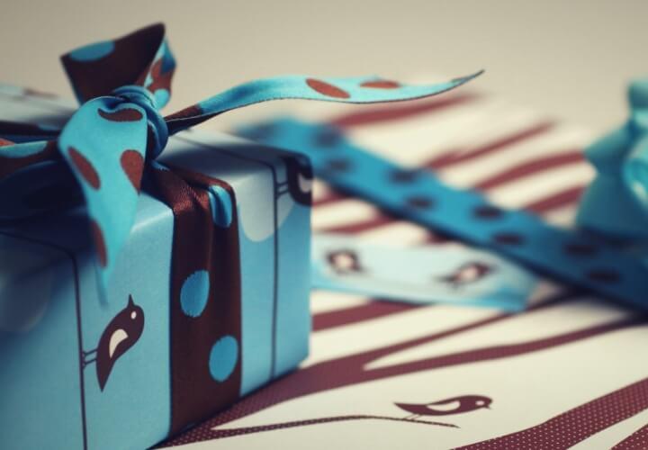 подарок на день рождения для друга