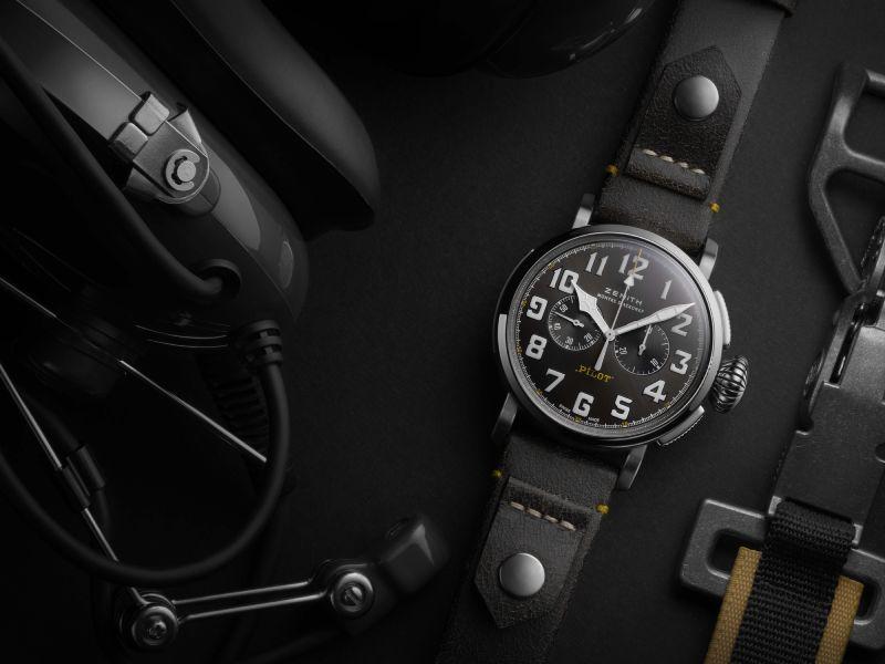 черные часы зенит пилот
