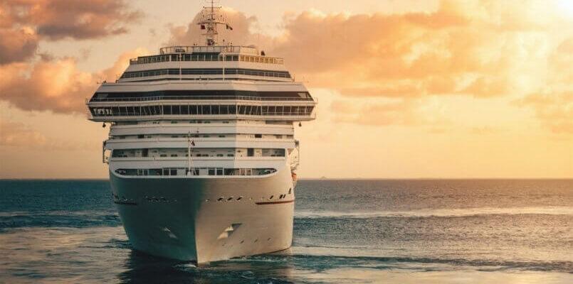 отдых на круизном лайнере в море