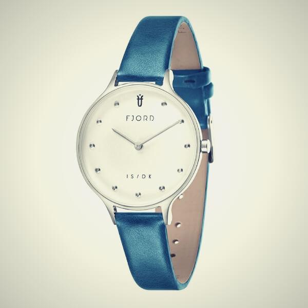 стильные синие женские часы