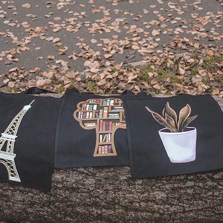 сумки на дереве
